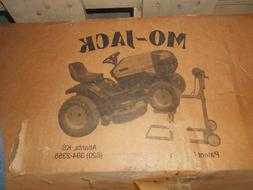 MO-JACK MANUAL WINCH LIFT FOR LAWN MOWERS